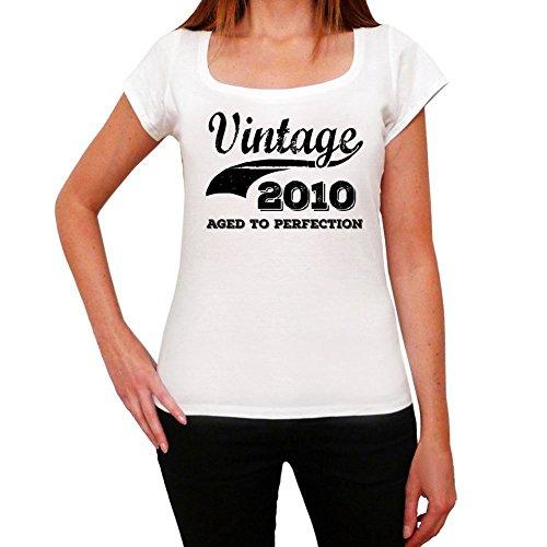Vintage Aged To Perfection 2010, regalo cumpleaños mujer, camisetas mujer cumpleaños, vendimia añejado a la perfección camiseta mujer, camiseta regalo, regalo mujer blanco