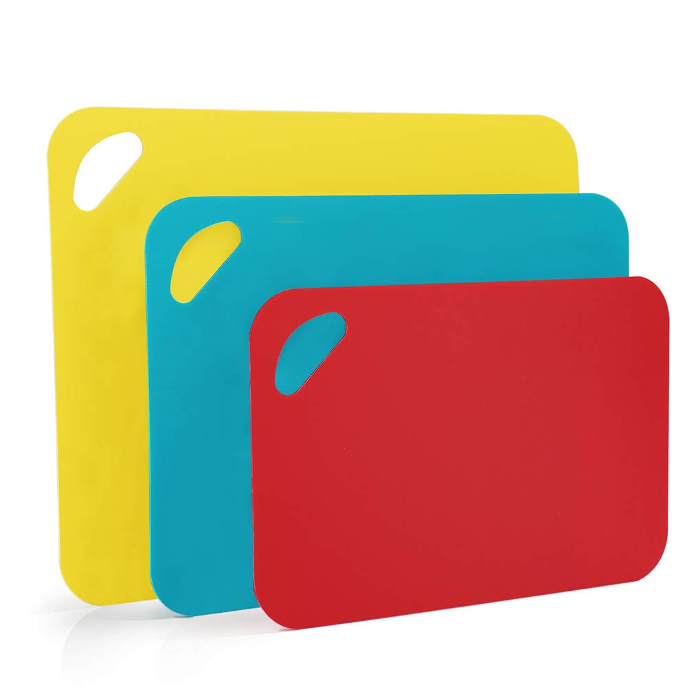 G.a HOMEFAVOR Chopping Boards,Set of 3 Plastic Cutting Boards Mat Set, 2mm Thick Chopping Boards, 3 Colours and Sizes with Comfortable-Grip Handle & Non-Slip Granulate Bottom, BPA Free, Easy to Clean Your?Favor?Mall
