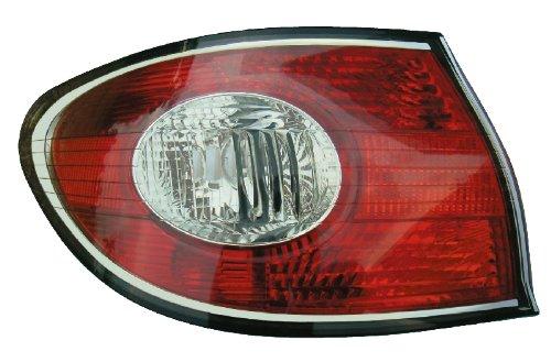 02-04 Lexus ES300 Driver Side Tail Light
