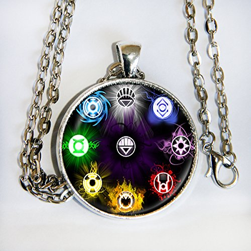 Comiccon Hulk Costumes (Justice League pendant necklace - HM)