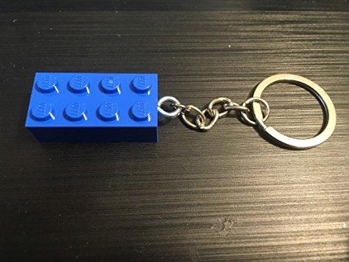 blue-lego-brick-key-chain-and-zipper-pull