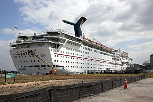 Photo: Carnival Cruise Ship picks up passengers,Loading (Cruise Ship Picture)
