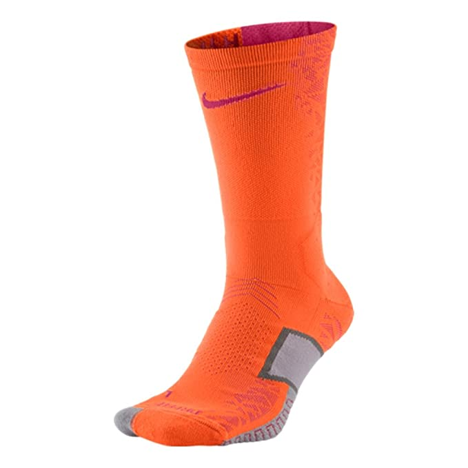 54a6f981f07 Nike Elite Match Fit Cushioned Crew Socks at Amazon Men s Clothing store