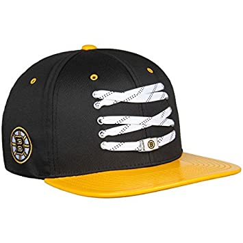 best sneakers e1d32 5f3ef Zephyr NHL BOSTON BRUINS Lacer Patent Snapback Cap  Amazon.co.uk  Sports    Outdoors