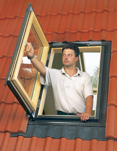 FAKRO FWU-L  69157 Egress Roof Window, 24-Inch x 38-Inch, Left Opening by FAKRO (Image #3)