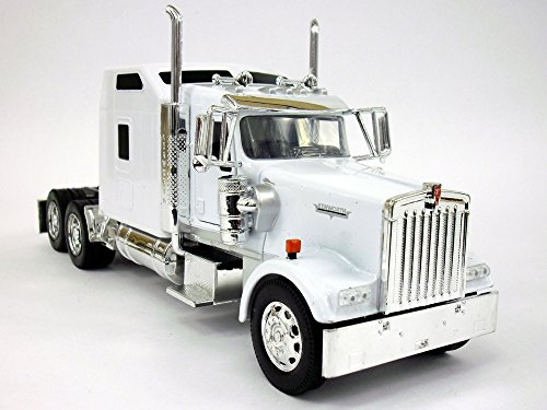 Kenworth W900 Truck Diecast Metal 1/32 Scale Truck Model - WHITE