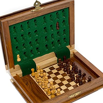 Spruce Street Deluxe Magnetic Chess Set