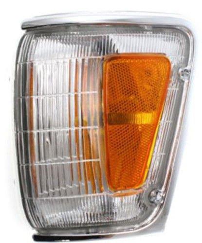 DAT 89-91 TOYOTA PICKUP 4WD CHROME PARKING LIGHT ASSEMBLY CORNER OF FENDER LEFT DRIVER SIDE TO2520124