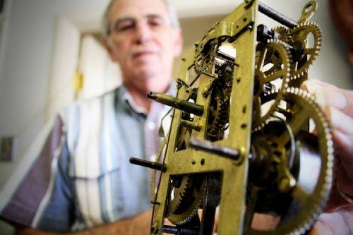 Plantilla de plan del negocios de muestra de servicio de reparación de reloj reloj en español