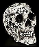 Schwarz-weißer Totenkopf mit Verzierungen | Figur Schädel Skull Totenschädel Deko Gothic