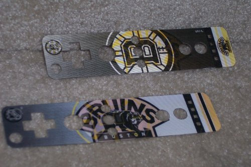 (Boston Bruins Logo Nintendo Wii U Remote NHL Dual Image Holographic Skin Covers - Set of 2 by Mad Catz )