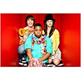 Alex Newell 8 Inch x 10 Inch PHOTOGRAPH Glee (TV Series 2009 - 2015) w/Friends Red Background kn