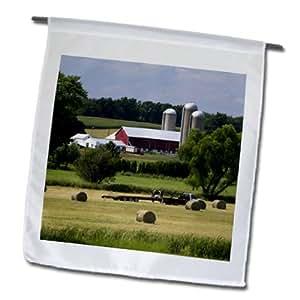 FL _ 148889Danita Delimont–granjas–rojo granero, tierras de cultivo, US Hwy 10, Wisconsin, EE. UU.–us50dfr0051–David R. Frazier–banderas