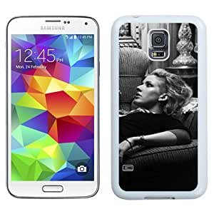 Beautiful Designed Cover Case With Ellie Goulding Sofa Room Girl Skates (2) For Samsung Galaxy S5 I9600 G900a G900v G900p G900t G900w Phone Case