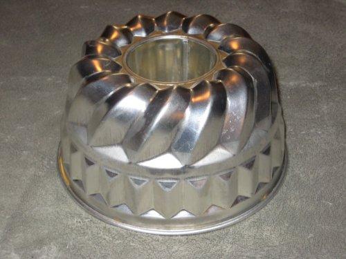 Vintage Kaiser Heavy Metal Bundt Cake Baking Pan Jell-O Mold