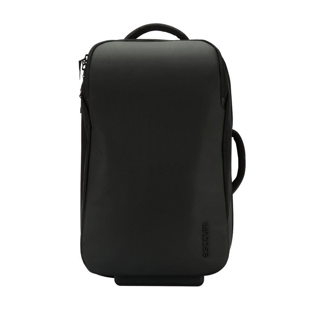 Kaskade Roller with Luggage Tag by Incase