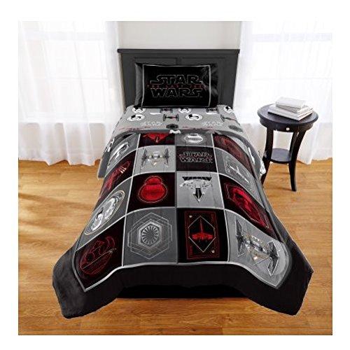 with Star Wars Kids' Bedding design