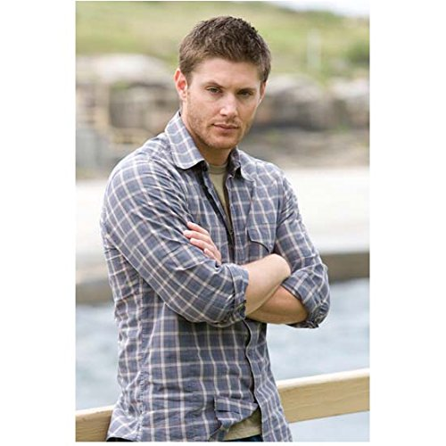 in Flannel Shirt with Arms Folded Leaning Against Railing - 8x10 Photograph / Photo - HQ - Supernatural ()