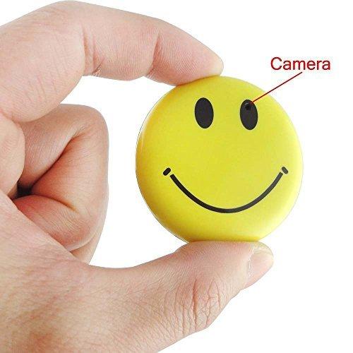 Onepalace 8gb Color Smile Face Badge Hidden Camera Realtime Mini Sd Card DVR Camcorder [並行輸入品] B01KBRB0FA