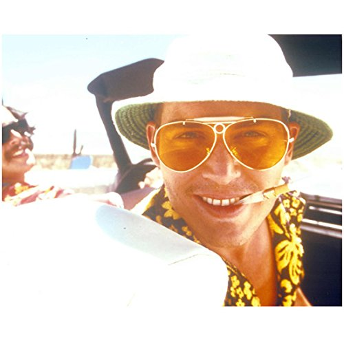 Johnny Depp 8x10 Photo Fear and Loathing in Las Vegas Wearing Hat & Sunglasses Seated in Car Black & Yellow Print Shirt ()