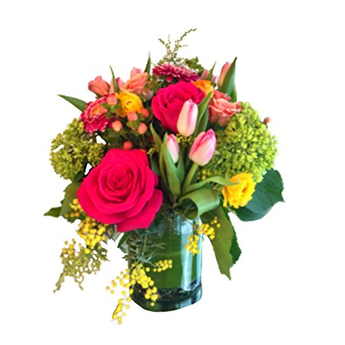 Dilly Lily - Designer's Choice : Colorful Flower Bouquet - Fresh and Hand Delivered - Chicago Area - Designers Choice Arrangement