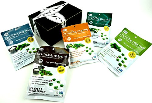 cruncha ma-me Freeze-Dried Edamame Snacks 5-Flavor Variety: One 0.7 oz Packet Each of Sea Salt & Black Pepper, Jalapeño, Onion & Chive, Lightly Seasoned, and Naked in a BlackTie Box (5 Items Total)]()