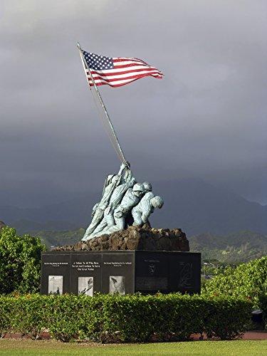 - Posterazzi The Iwo Jima statue Poster Print (12 x 16)