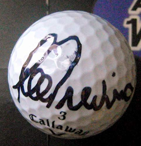 Lee Trevino autographed golf ball (Hall of Famer) with display cube -