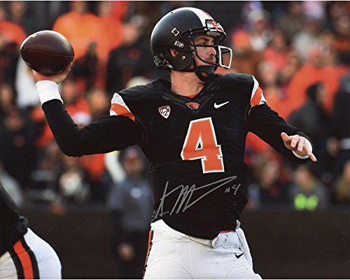 "Sean Mannion Oregon State Beavers Autographed 8"" x 10"" Black Horizontal Photograph - Fanatics Authentic Certified"