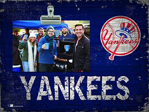 - Fan Creations New York Yankees Team Name Clip-It Photo Frame