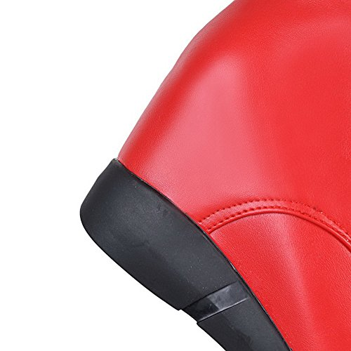 AllhqFashion Mujeres Puntera Redonda Caña Baja Tacón Alto Sólido Pu Botas con Metal Rojo