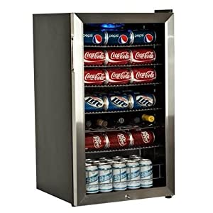 EdgeStar BWC120SSLT 103 Can and 5 Bottle Freestanding Ultra Low Temp Beverage Cooler : It looks good and seems to be keeping drinks nice