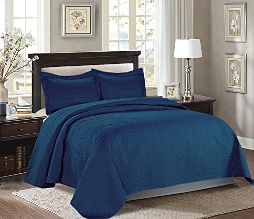 Majiija Oversized 3 Piece Embossed Bedspread Coverlet Set 106″x100″ Queen, Navy Blue (MIKANOS)