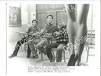 MOVIE PHOTO: CHARLES IN CHARGE NAKED TRUTH-1980S-8X10