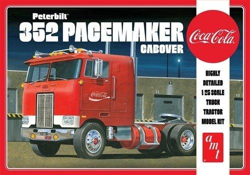 Coca-Cola - Peterbilt 352 Pacemaker Cabover Model Kit 1/25 Model Kit