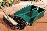 Garland Jumbo Tidy Pan i the ultimate outdoor dustpan