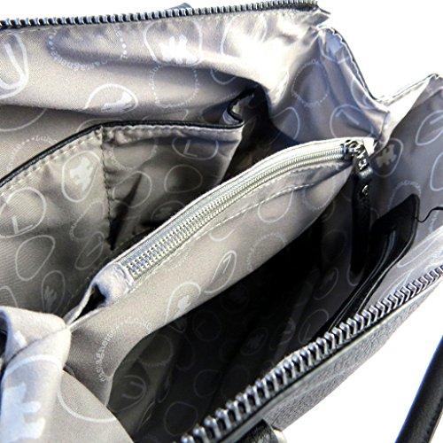 Bag designer Lulu Castagnettenero.