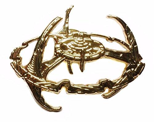Star Trek Deep Space Nine Space Station Metal Pin]()