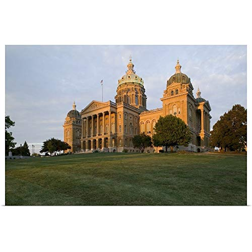 Iowa State Capitol Building - GREATBIGCANVAS Poster Print Entitled Low Angle View of a Building, Iowa State Capitol, Des Moines, Iowa by 18