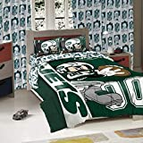 The Northwest Company New York Jets NFL and Disney's Mickey Mouse Twin Sized Comforter with Sham