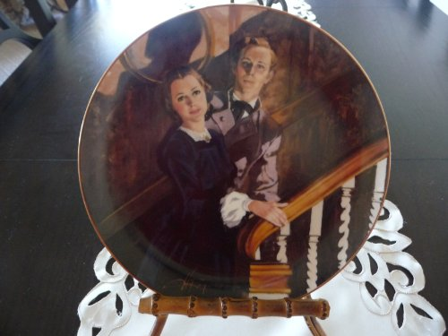 WS George Melanie And Ashley Tenth Issue In The Gone With The Wind Golden Anniversary Series Decorative Plate (Gone With The Wind Collector Plates Knowles)