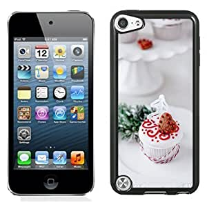 NEW Unique Custom Designed iPod Touch 5 Phone Case With Heart Shape Chocoloate Cookie Cake_Black Phone Case