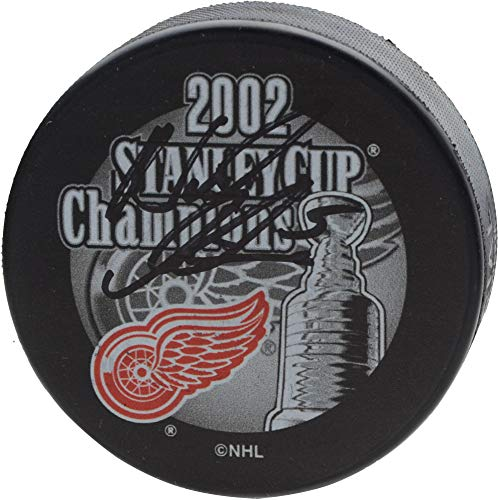 Nicklas Lidstrom Detroit Red Wings Autographed 2002 Stanley Cup Champions Logo Hockey Puck - Fanatics Authentic Certified