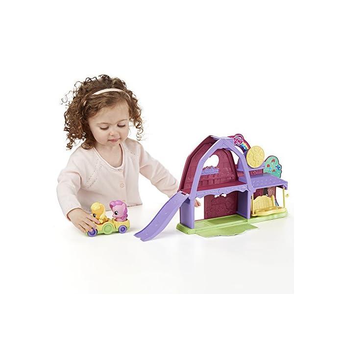 51%2Bgm2ALSaL El tamaño de los ponis y cochecito tiene el tamaño adecuado para las manos de los más pequeños En el coche caben dos ponis Funciona con otros sets de la línea de Playskool My Little Pony