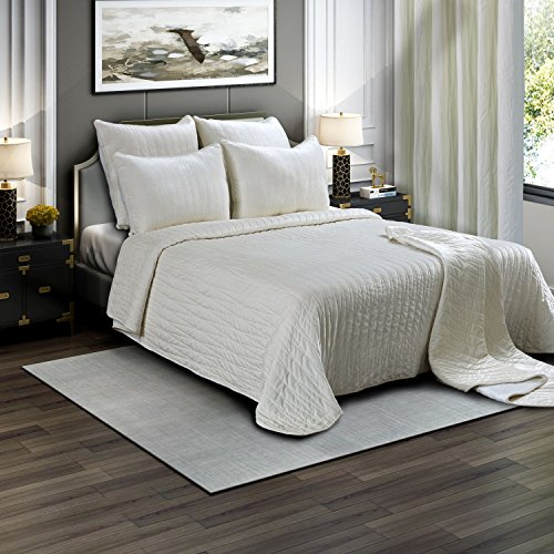Brielle Premium Heavy Velvet Quilt Set with Cotton Backing, King, Off White (Washed Quilt Velvet)