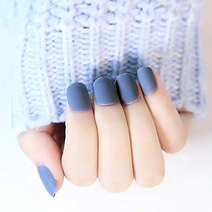 YUNAI 24Pcs/set Gris mate uñas postizas Corto Tamaño del diseño completo del clavo extremidades