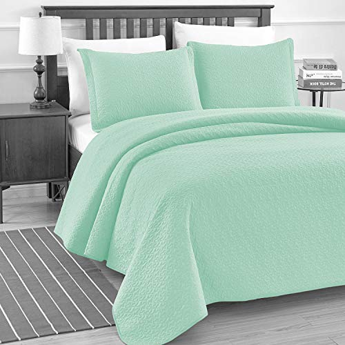 Luxe Bedding Solid Color Lightweight Oversize Cotton Filled Stitch 3-piece Jigsaw Bedspread Coverlet Set (Full/Queen, Mint)