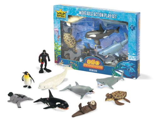 Wild Republic Ocean Dive Eco Expedition, Great White Shark, Sea Turtle, Sea Otter, Beluga Whale, Dolphin, Orca, Seal, Penguin, Oceanographer, Camera, Flashlight, 11Piece Set
