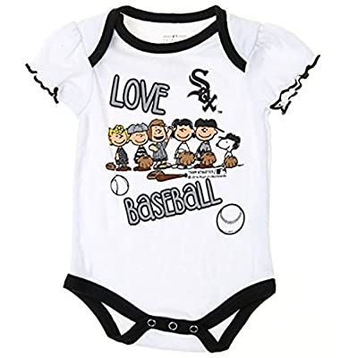 Details about  /Born a White Sox Baseball Fan Baby Bodysuit Cute New Gift Choose Size /& Color