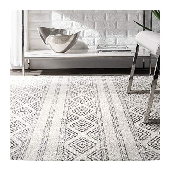 "nuLOOM Sarina Diamonds Runner Rug, 2' 8"" x 8', Grey - Made in Turkey PREMIUM MATERIAL: Crafted of durable synthetic fibers, it has soft texture and is easy to clean SLEEK LOOK: Doesn't obstruct doorways and brings elegance to any space - runner-rugs, entryway-furniture-decor, entryway-laundry-room - 51%2Bm Zqe18L. SS570  -"